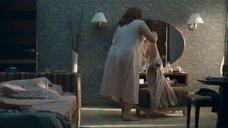 Надежда Маркина в ночнушке