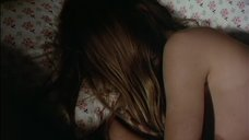 2. Настасья Кински оголила грудь во сне – Такая, как ты есть