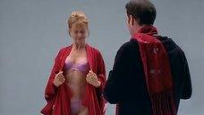 Настасья Кински позирует перед фотографом в белье