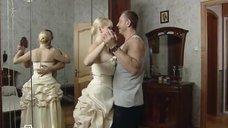 5. Большой бюст Алены Шайтаровой – Русский дубль