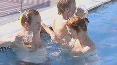 Конфуз с Еленой Бирюковой в бассейне