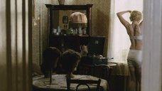 5. Сексуальная Дарья Мороз в белье – Нанкинский пейзаж