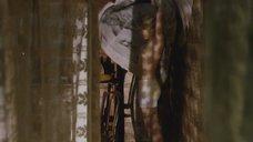 4. Голая грудь Дарьи Мороз – Нанкинский пейзаж