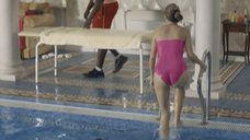 Сексуальная Наталья Бардо в купальнике
