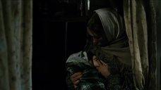 2. Дарья Екамасова кормит грудью – Жила-была одна баба