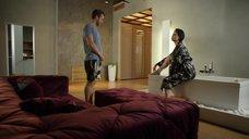 2. Настасье Самбурской делают перевязку ноги – Две жены