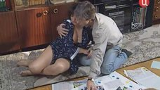 Пьяная Марина Сахарова в халате