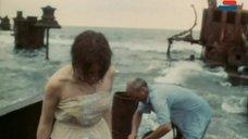 2. Полностью голая Анна Молчанова – Дожди в океане