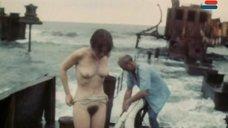4. Полностью голая Анна Молчанова – Дожди в океане
