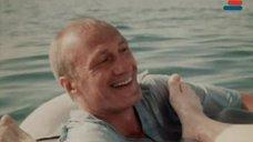 7. Ноги Анны Молчановой – Дожди в океане