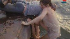 5. Мокрая и сексуальная Анна Молчанова – Дожди в океане