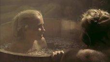 10. Татьяна Остап, Даша Чаруша и Снежана Гладнева парятся в бане – А зори здесь тихие... (2006)