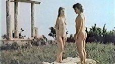 1. Эротическая сцена с Ольгой Кейзеровой – Дафнис и Хлоя