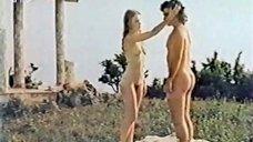 2. Эротическая сцена с Ольгой Кейзеровой – Дафнис и Хлоя