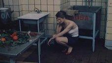 1. Полностью обнаженная Людмила Бодрова на кухне – Ночь длинных ножей