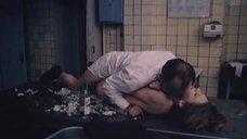 16. Полностью обнаженная Людмила Бодрова на кухне – Ночь длинных ножей