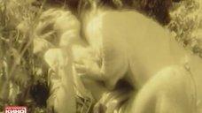 4. Секс с Ириной Дорошенко в траве – Вальдшнепы