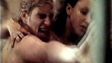 4. Обнаженная Корина Друк под душем Шарко – Игра в смерть, или Посторонний