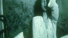 Валерия Лиходей в прозрачной ночнушке