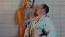 11. Голые проститутки в сауне – Крысиный угол