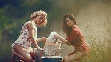 6. Секси Александра Попова, Александра Савельева и Ирина Тонева в клипе «Бабочки»