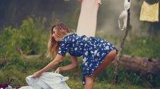 8. Секси Александра Попова, Александра Савельева и Ирина Тонева в клипе «Бабочки»