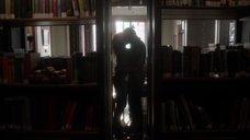 Порыв страсти Джейд Тейлор в библиотеке