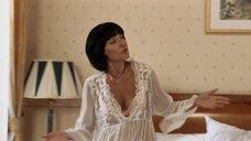 Жанна Климова в прозрачной ночнушке