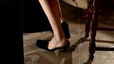 3. Алика Смехова соблазняет ногой – Бальзаковский возраст или Все мужики сво...