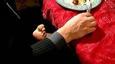 9. Алика Смехова соблазняет ногой – Бальзаковский возраст или Все мужики сво...
