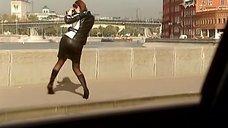 4. Алика Смехова в кожаной юбке – Бальзаковский возраст или Все мужики сво...