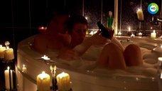 7. Анна Старшенбаум принимает совместную ванну – Фарфоровая свадьба