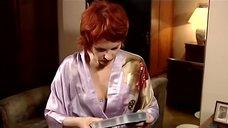 2. Жанна Эппле смотрит порно – Бальзаковский возраст или Все мужики сво...