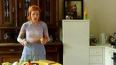 5. Жанна Эппле в прозрачной блузке – Бальзаковский возраст или Все мужики сво...