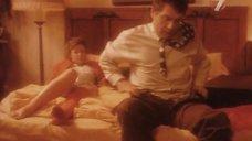 21. Постельная сцена с Татьяной Яковенко – Он не завязывал шнурки