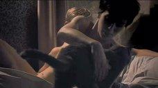 4. Интимная сцена с Мариной Вакт в постели – Двуличный любовник