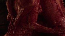 9. Групповой секс с Билли Пайпер и Джессикой Барден в крови – Страшные сказки