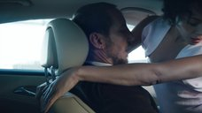 Секс с Кармен Эджого в машине