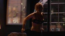 9. Постельная сцена с Эмили Вер Николл – Черное зеркало