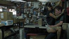 Секс с Леви Трэн в мастерской
