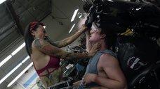 4. Интимная сцена с Леви Трэн на мотоцикле – Бесстыжие
