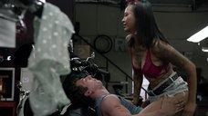 7. Интимная сцена с Леви Трэн на мотоцикле – Бесстыжие