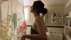 1. Эмми Россам уронила полотенце – Бесстыжие