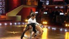 Танец соблазнительной Татьяны Булановой в шоу «Танцы со звездами»