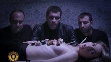 Секси Виктория Булитко в клипе «Добрый Вечер»