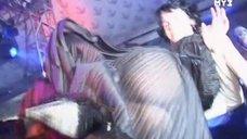 Слава засветила попу в прозрачном платье в передаче «10 самых «Двоечников»»