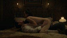 Секс сцена с Эмануэлой Постаккини