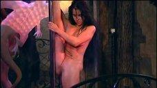 Елена Беркова полностью голой танцует стриптиз