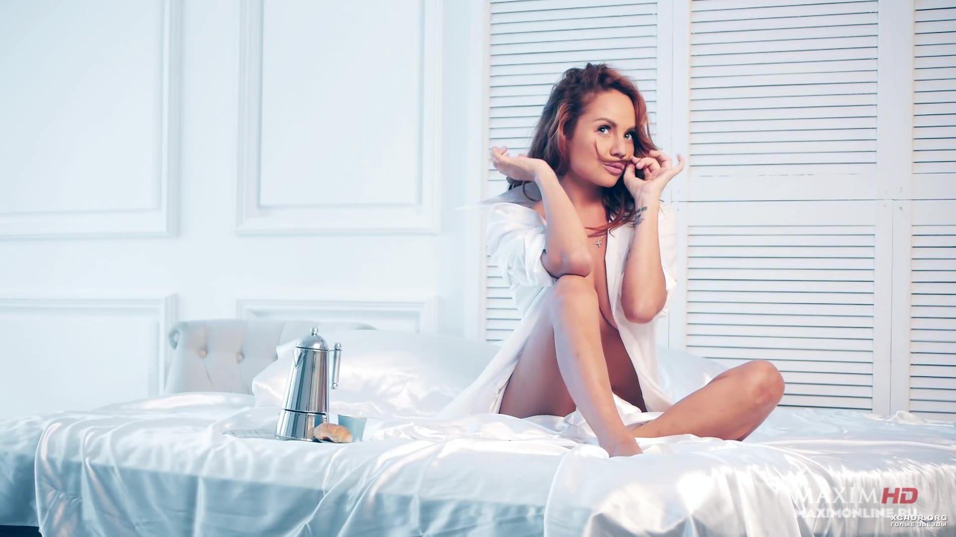 porno-pevitsa-maksim-v-postelnih-stsenah