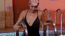 Алена Яковлева в купальнике